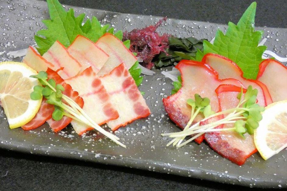 鯨ベーコン食べ比べ1300円